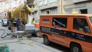 práce při litých anhydritových podlah